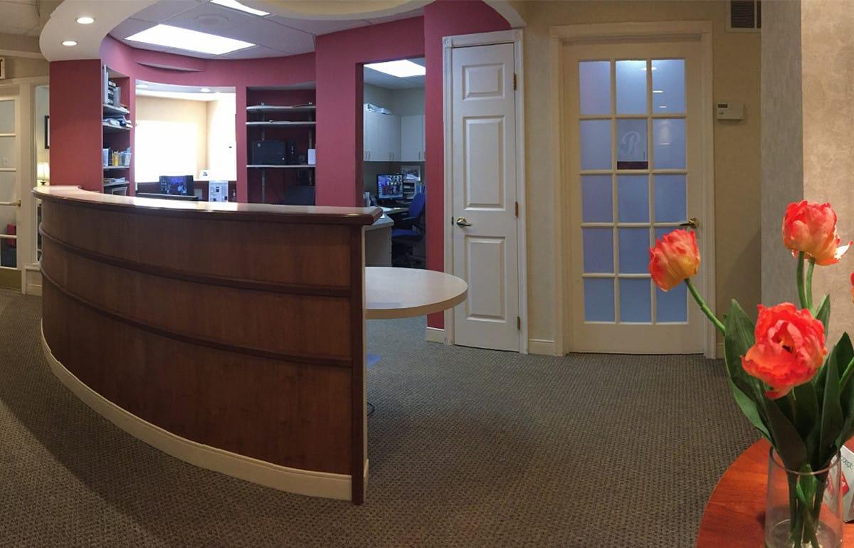 front desk inside the office of Dr. Rosen, Wilmington, Delaware dentist